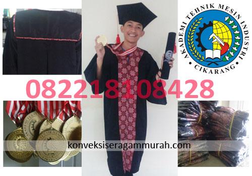 Jual Toga Wisuda Anak Cirebon  Termurah